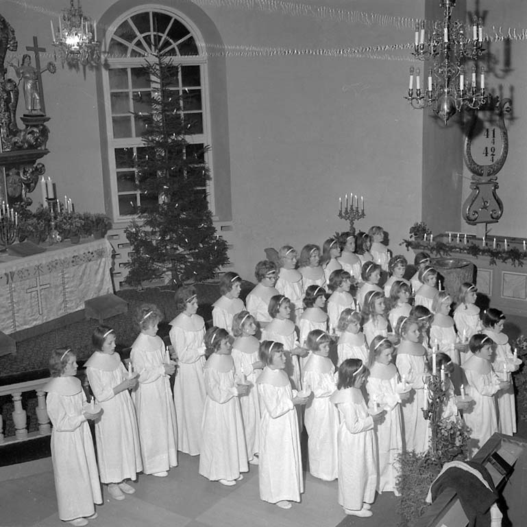 """Enligt notering: """"Ljusmässa Skredsvik Dec 1960""""."""
