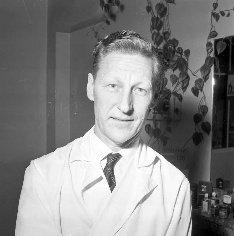 """Enligt notering: """"Handbolls/tipps, Fingal med flera 31/1 1961""""."""