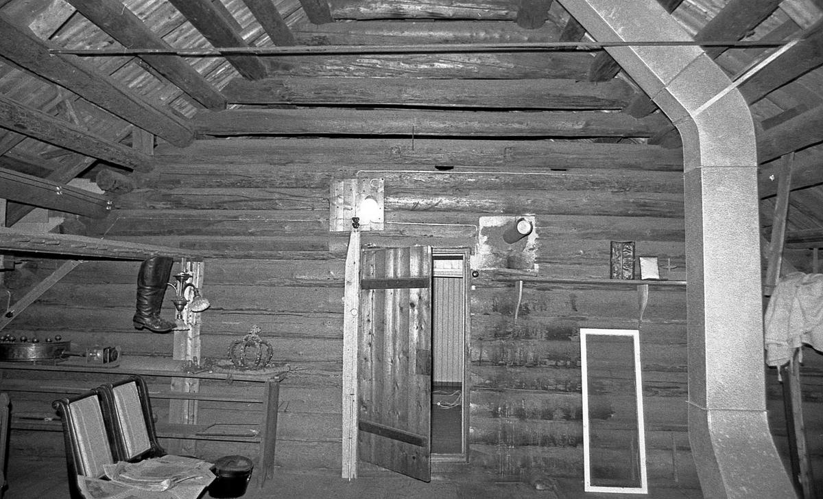 DOK:1971,Aulestad, interiør, loft, stoler,