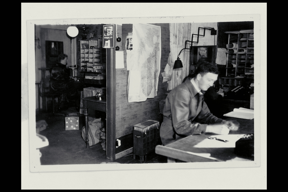 interiør, postkontor, 6500 Kristiansund N, ekspedisjon, ekspeditør