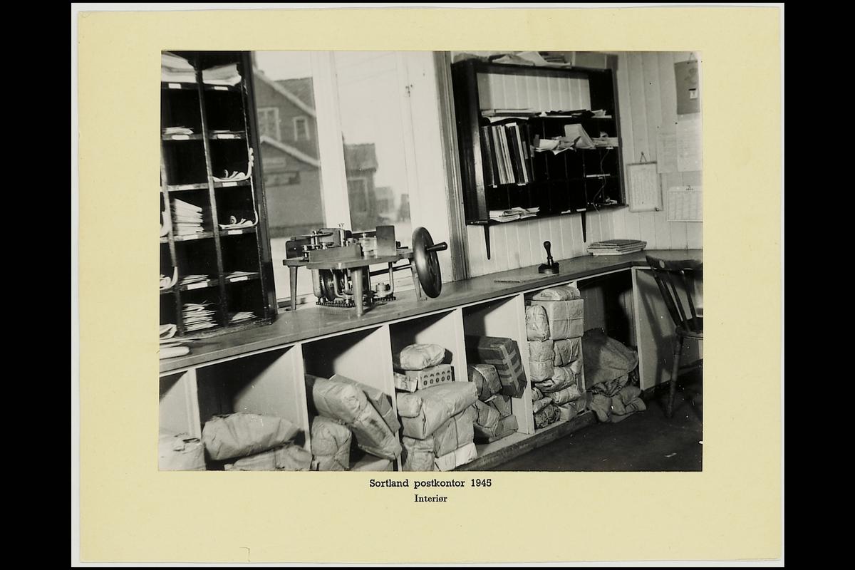 interiør, postkontor, 8400 Sortland, bordstemplingsmaskin, pakker