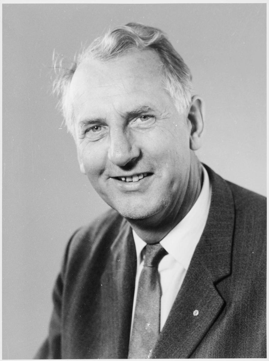 postmester, postsjef, Jacobsen Tor Bernhard, portrett