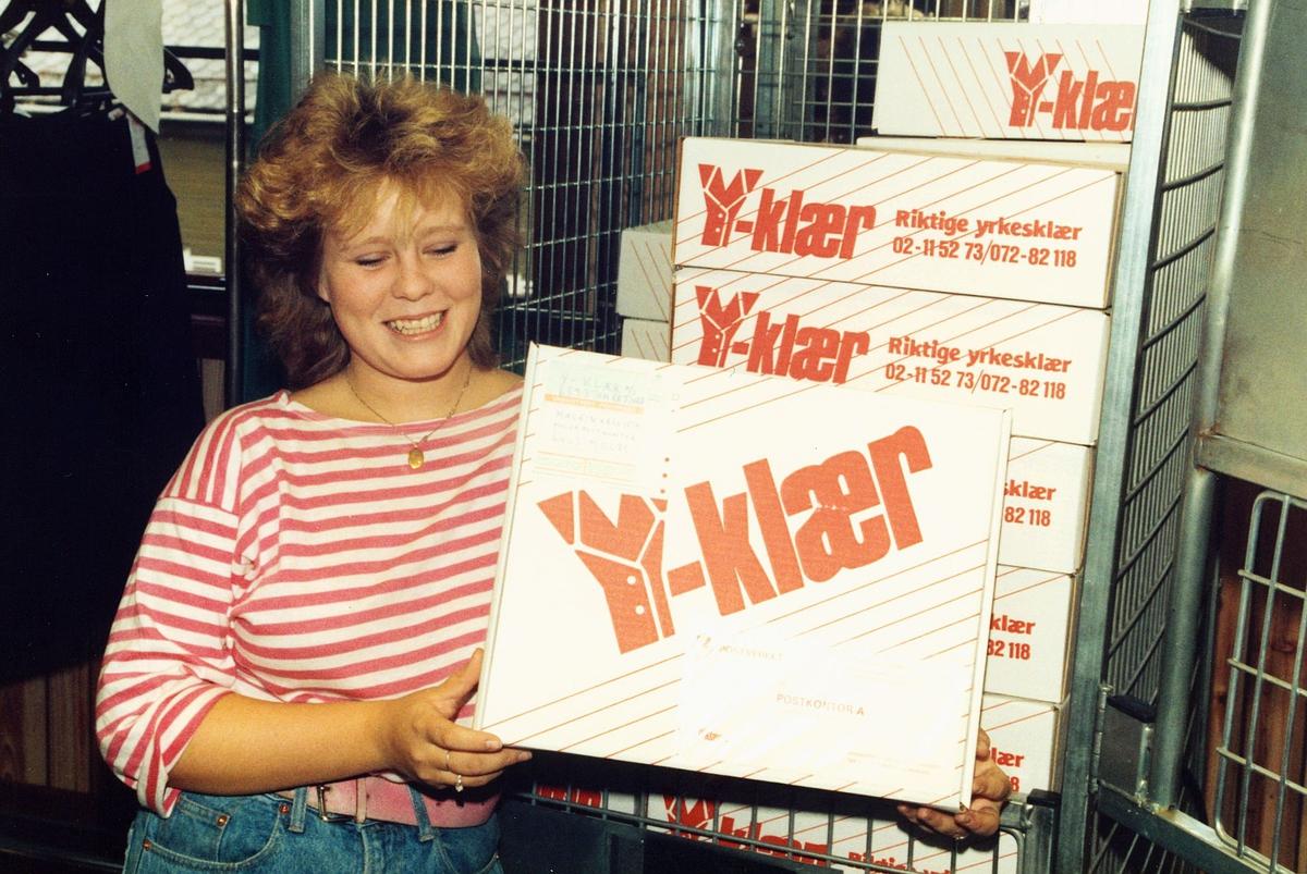uniform, pakking av Postens profilklær, kvinne