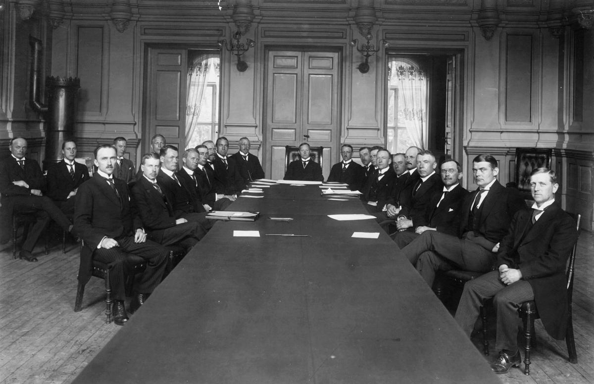 gruppebilde, Kristiania, Den skandinaviske luftfartskonferranse, menn