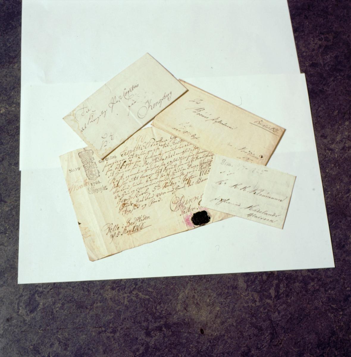 postmuseet, Kirkegata 20, brev, gamle håndskrevne brev og konvolutter uten frimerker
