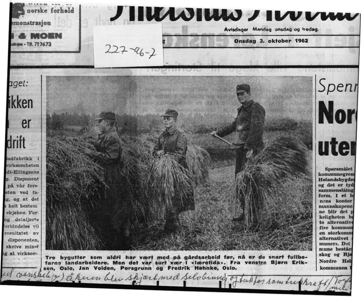 Akershus Arbeiderblad, bilde av militær arbeidshjelp.