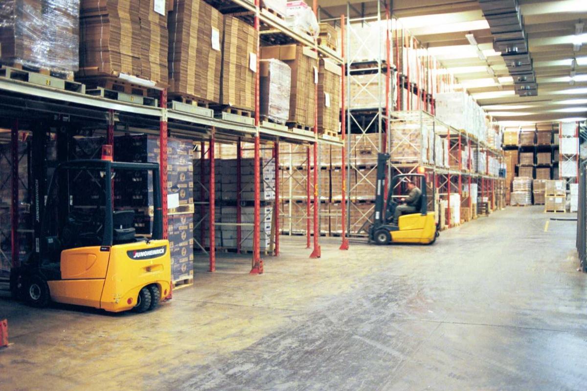 Lager, emballasje, truck, arbeider, arbeidstøy, fabrikkmiljø