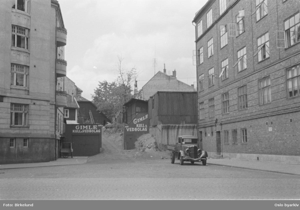 Kull og vedforretning. Gimle Kull & Vedbolag. Frederik Stangs gate, Balchens gate