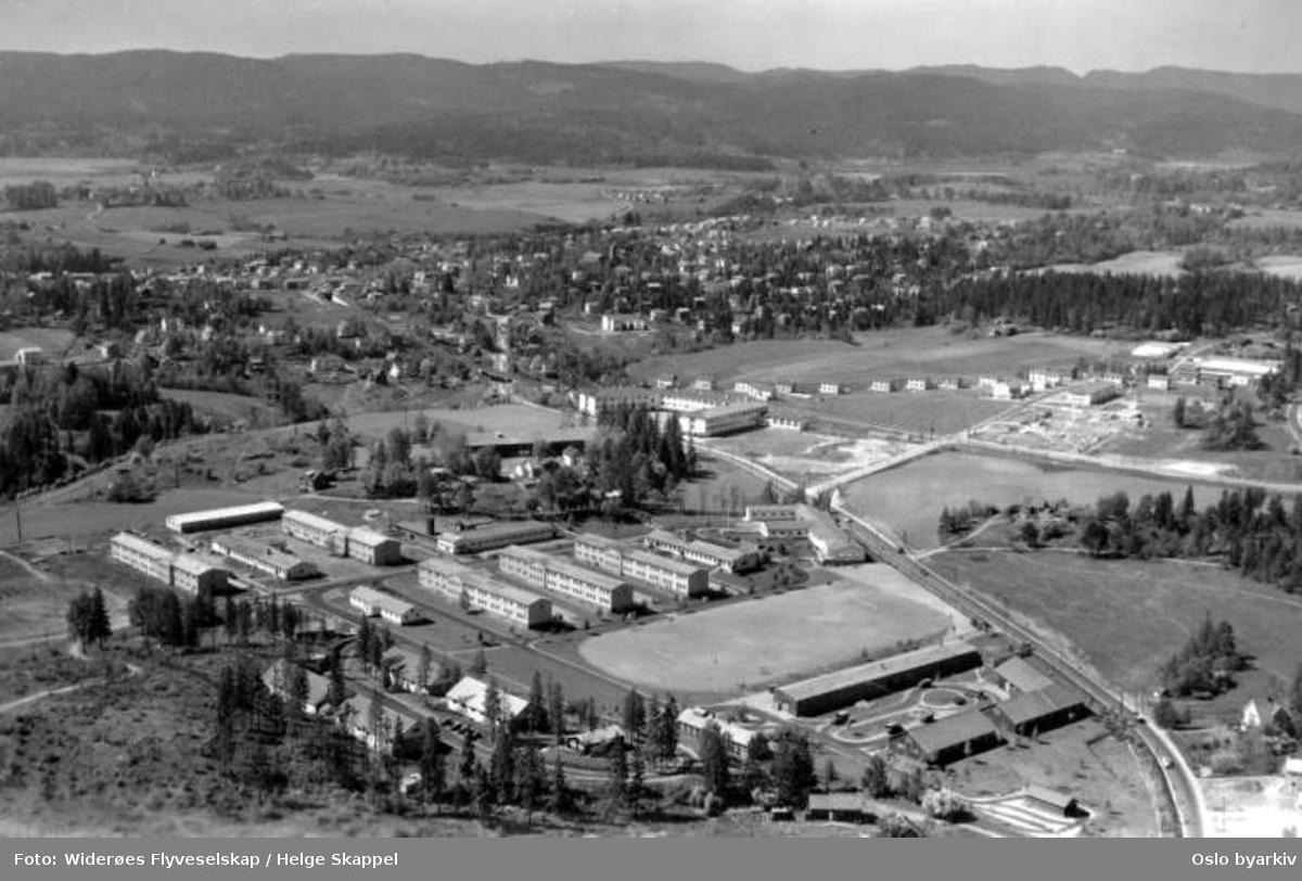 Husebyleiren, Huseby skole, Røa (Flyfoto)