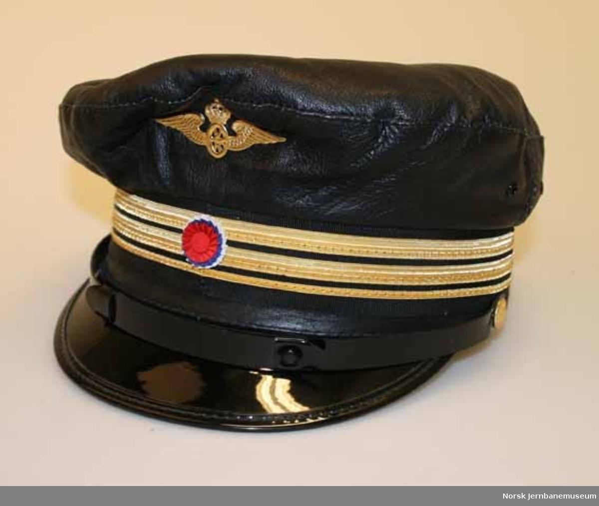 Uniformslue fra elektromester
