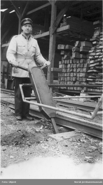 Pakkemaskin oppfunnet av banemester A. H. Pettersen, Kongsvinger