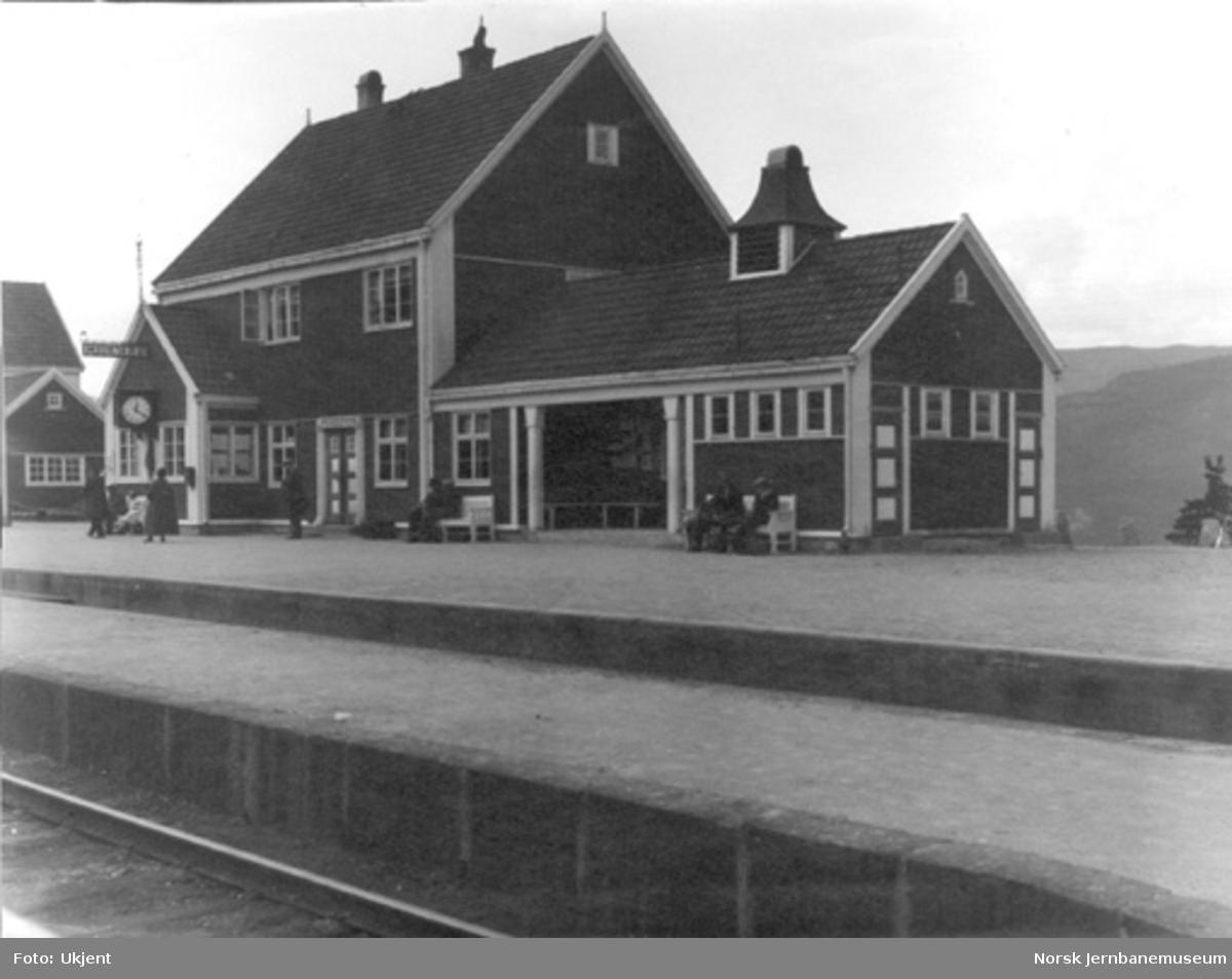 Hjuksebø stasjonsbygning