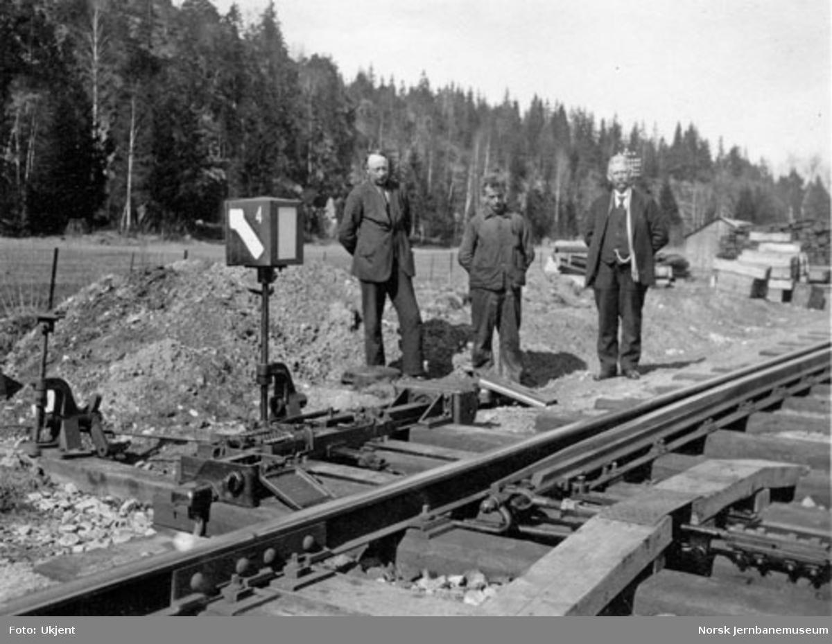 Sikringsanlegg Såner stasjon : amerikanske sporveksler