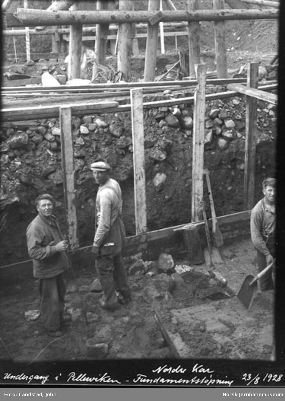Støping av nordre fundament for vegundergang i Pellervika