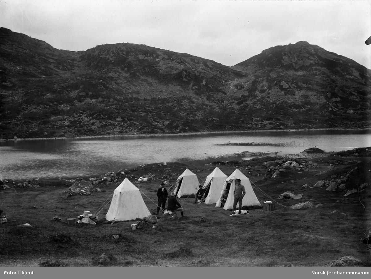 Bergensbanens anlegg; teltleir ved Nygård